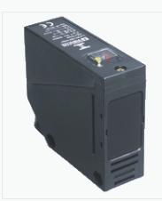 防护等级IP67的P+F反射板型传感器