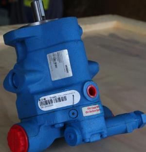 YUKEN柱塞泵A100-FR04E17-V-10377安装方式